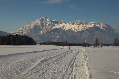FOTKA - Novoroční prochážka po okolí Saalfeldenu - Běžecké stopy