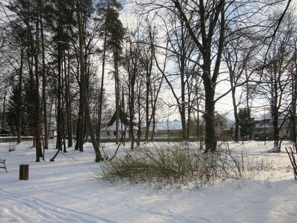FOTKA - Rožnov pod Radhoštěm - parkem do města
