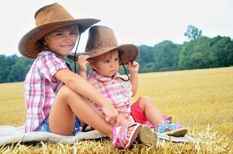 FOTKA - letní snímek-kovbojky