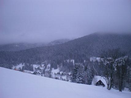 FOTKA - Pohled na krajinu z kopce