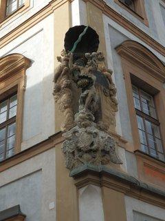 FOTKA - Toskánský palác (vystavěný Thun-Hohensteiny ) Hradčanské nám.