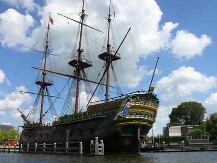 FOTKA - loď v amsterdamu