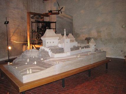 FOTKA - hrad Kámen ve zmenšenině