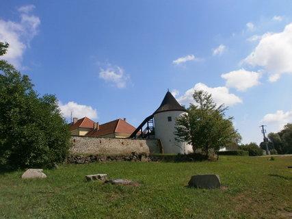 FOTKA - rohová věž