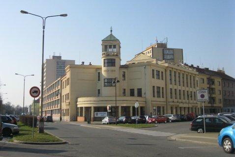 FOTKA - Super budova v PCE