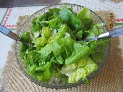 FOTKA - Salátek  na stole