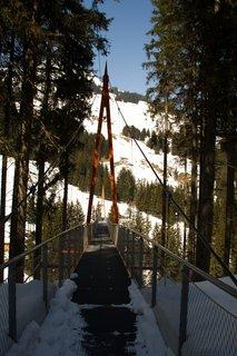 FOTKA - Baumzipfelweg v zimě - Pohled na most