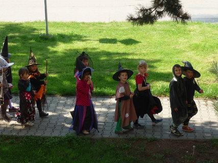 FOTKA - malé čarodějnice