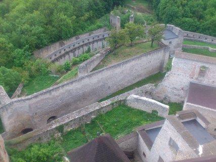 FOTKA - Trenčín - kus Trenčianského hradu