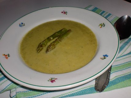 FOTKA - Polévka ze zeleného chřestu