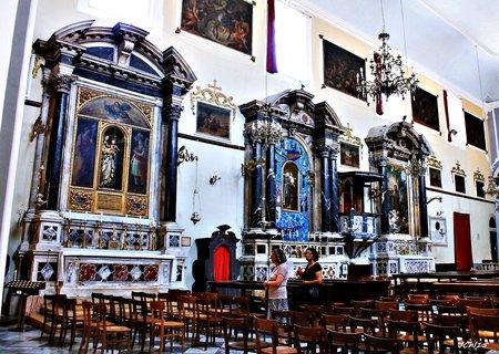 FOTKA - interier  kostela    v Dubrovníku ..