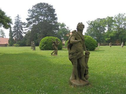 FOTKA - kopie soch M.B.Brauna, Valeč