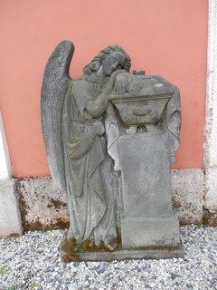 FOTKA - více o funerální kultuře zde: http://www.chytrazena.cz/funeralni-kultura-hrbitovni-naucna-stezka-22388.html