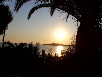 FOTKA - východ slunce na Bali