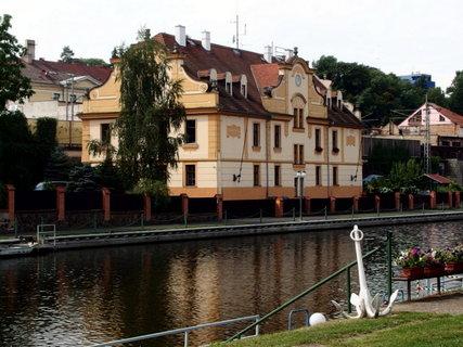 FOTKA - U Labe - plavební kanál
