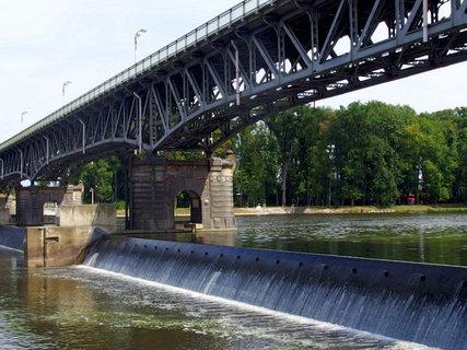 FOTKA - U mostu