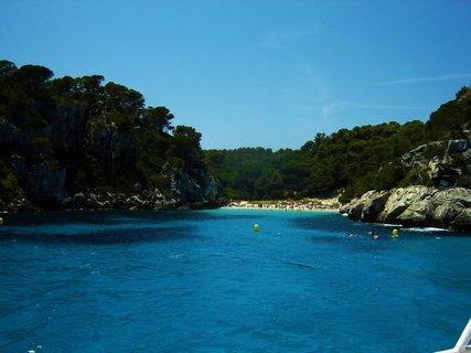 FOTKA - Pohled na pláž z lodě