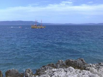 FOTKA - Pirátská loď na moři