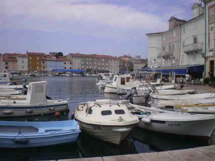 FOTKA - Staré domy v přístavišti