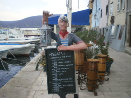FOTKA - Restaurace v p��stavi�ti