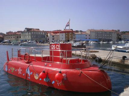 FOTKA - Ponorka v přístavišti
