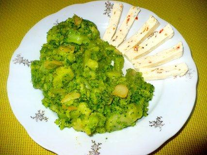 FOTKA - Brokolice na česneku se sýrem