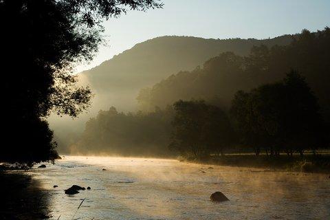 FOTKA - Slunce řeku zlatí