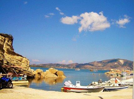 FOTKA - Malý přístav v zátoce
