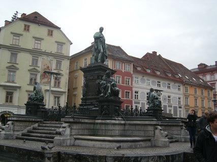 FOTKA - Graz - hlavní náměstí