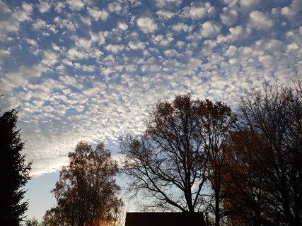 FOTKA - Puntíkaté nebe