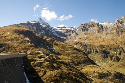 FOTKA - Vysokohorské přehrady nad Kaprunem - Okolní hory