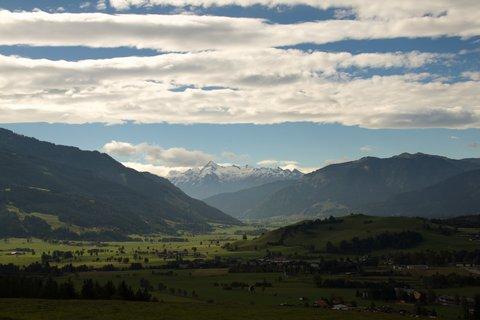 FOTKA - Z Maria Alm přes Kronreith do Saalfeldenu - Pohled na Kitzsteinhorn