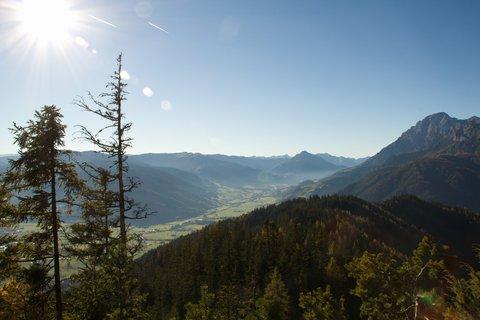 FOTKA - Výšlap k Peter-Wiechenthaler-Hütte - Proti slunci