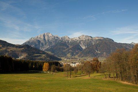 FOTKA - Na vyhlídku Kühbühel a okolo Ritzensee - Pohled na Leoganger Steinberge