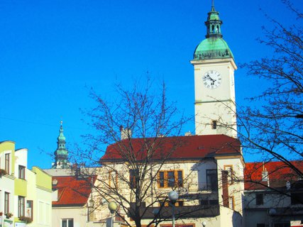 FOTKA - věž Staré radnice v UH