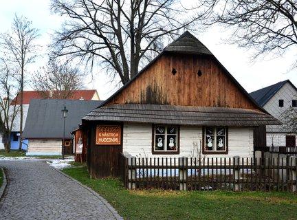 FOTKA - Město Hlinsko nemá příliš historických památek, ale památková rezervace Betlém je v oblasti střední Evropy bez nadsázky jedinečná.