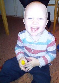 FOTKA - synovec Martinko - malý smejko