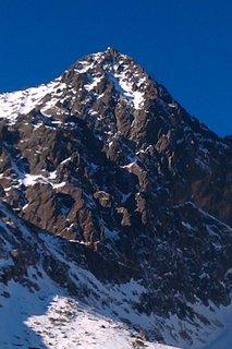 FOTKA - poprašok snehu na vrcholcoch