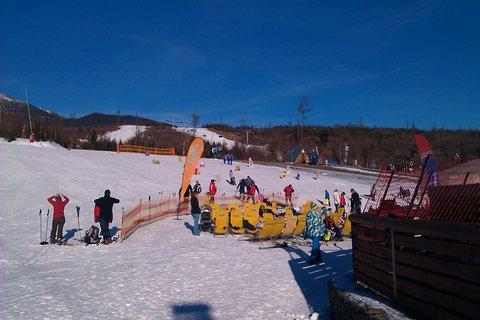 FOTKA - príprava a ide sa na lyže