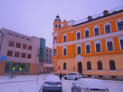 FOTKA - Palackého nám. v Uh. Hrad.