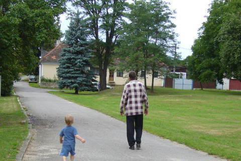 FOTKA - dandula a děda