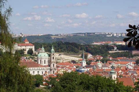 FOTKA - výhled na Prahu z Petřína - 3)