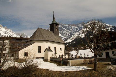 FOTKA - Ještě zimní procházka k Triefen - Kostelík v Hinterthalu