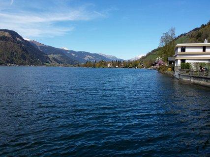 FOTKA - Dnešní zastávka v Zell am See - Pohled k Thumersbachu