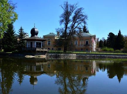 FOTKA - V 18. století zaznamenala Světlá nad Sázavou a její okolí nebývalý hospodářský rozvoj. Světlá nad Sázavou se stala centrem výroby skla a zpracování polodrahokamů.