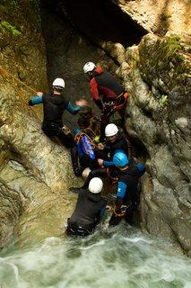 FOTKA - Seisenbergklamm - Blázni skáčou dolů :)