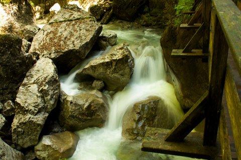 FOTKA - Seisenbergklamm - Teče voda teče