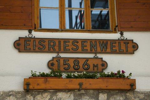 FOTKA - Eisriesenwelt - Jsme v 1586 m