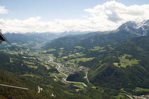 FOTKA - Eisriesenwelt - Pohled od lanovky dolů
