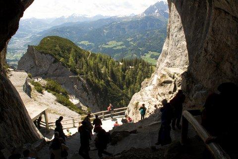 FOTKA - Eisriesenwelt - Pohled z jeskyně
